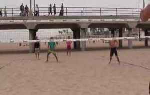 2-Ball-Serve-Like-Warm-Up-Beach-Volleyball-Drill-with-a-Line-Shot-by-Pedro-Brazao