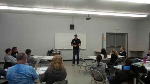 Volleybal1on1-Travel-2-U-High-School-Caoches-Clinics