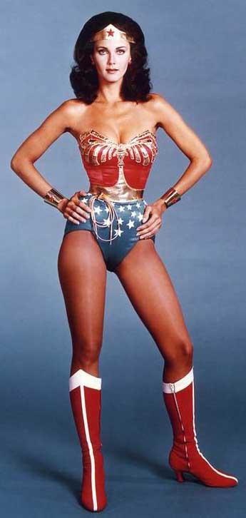 Wonder-Woman-Power-Pose-LG